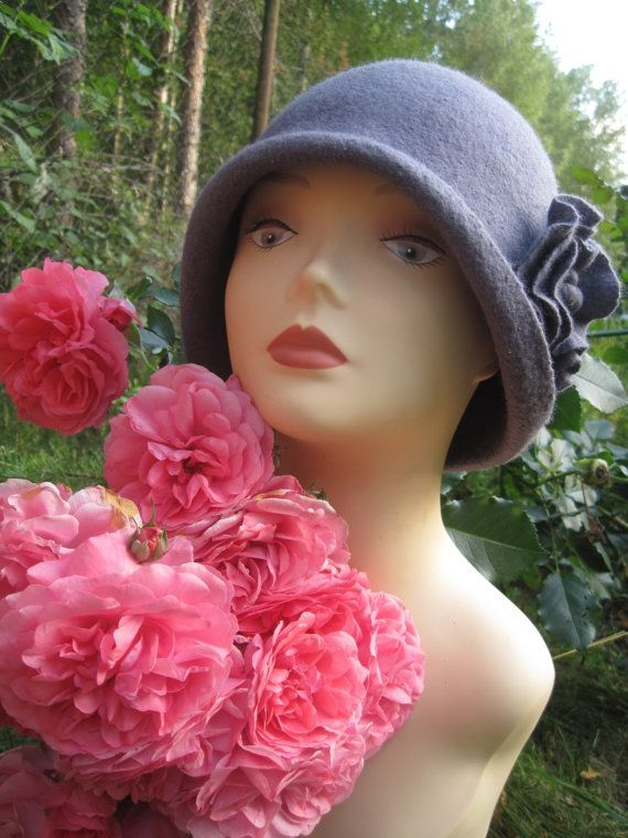 Felt cloche hat Grey flower Felted hat  by VeronikaWoolFlowers $55.00