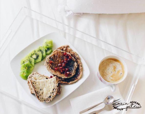 Todos temos aquele amigo que faz questão de partilhar fotos de pequenos-almoços saudáveis e com um aspecto delicioso... se eles podem, nós também podemos! Saudações saborosas! #mariapiteu #foodlovers #healtyfood #brunch #pequenoalmoco #saudavel #welovefood #foodislove #foodies