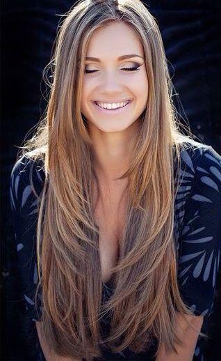 Haarschnitt für langes Haar weiblich