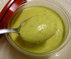 Molho verde para sanduiche e salada