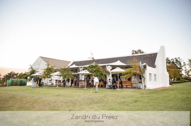 Tanya & Deon Wedding at Vondeling Wines - Pre Drinks with Lawn Games