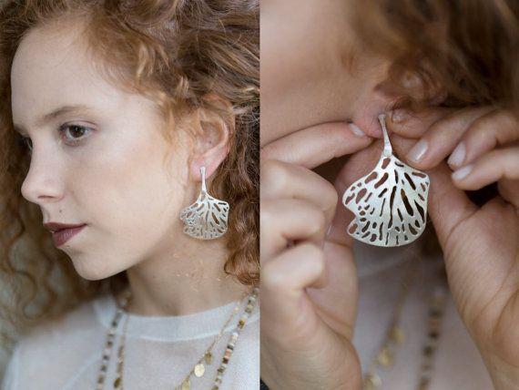 Sterling silver stud  leaf earrings. Big by TamyZurTachshit