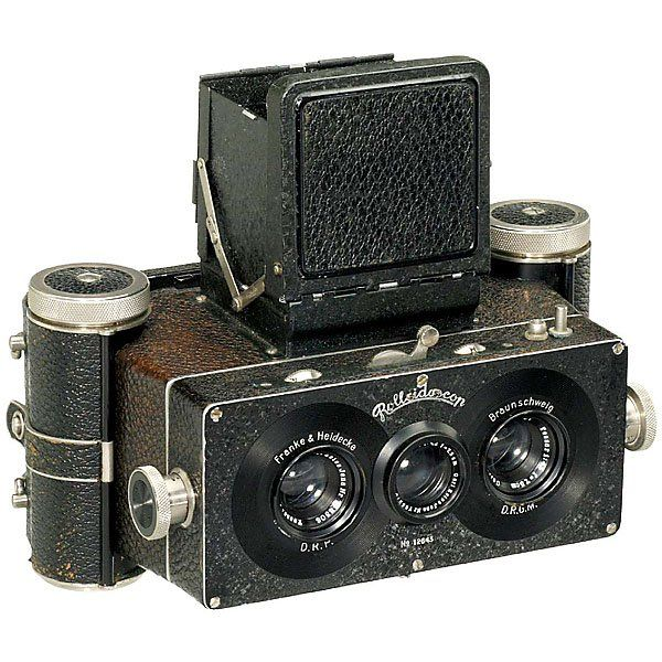 My second favorite camera in all the world.  The Rolleidoscop, a stereo camera that was the predecessor of the famous Rolliflex.  Probably the best stereoscopic camera ever made.