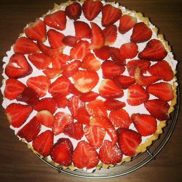 Tartaleta de fresas y crema chantilly