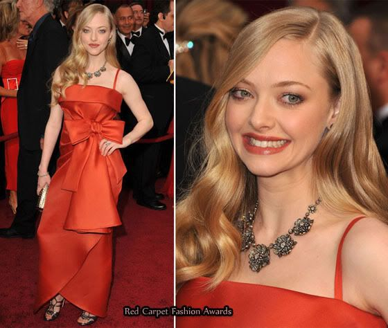 I am sure a lot of you will hate me for adding Amanda Seyfried and her Valentino Spring 2009 Couture gown on the Worst Dressed list.