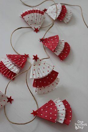 DIY Christmas Cupcake Liner Garland More More