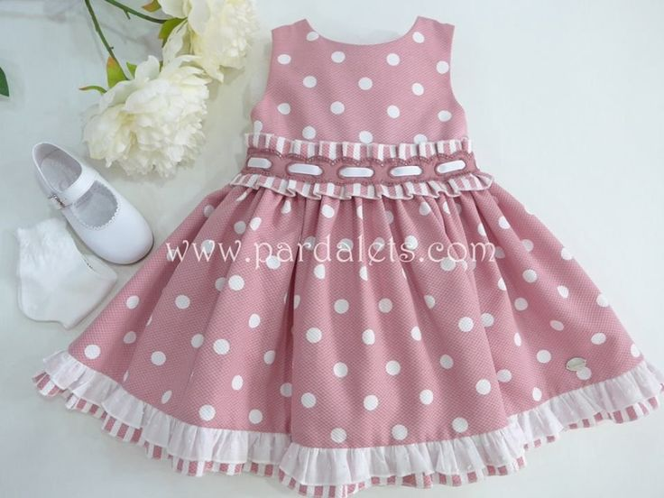 "Vestido rosa empolvado con topitos blancos ""Lisboa"""