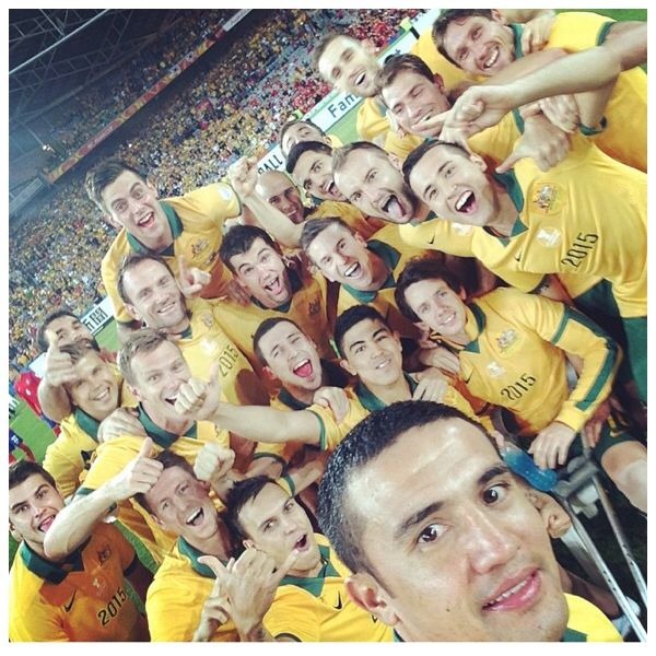 Tim Cahill takes a Selfie at the Asian Cup Final. Love it!!