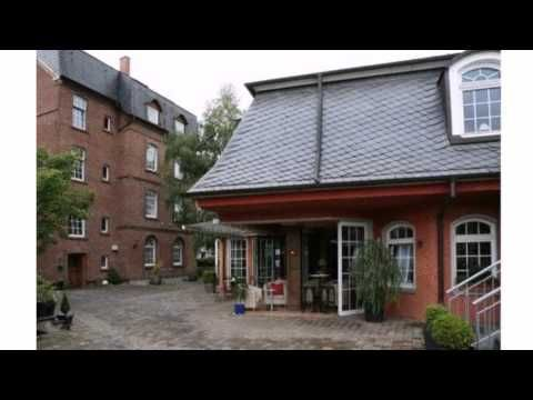 Hotel Stein - Schillers Restaurant - Koblenz - Visit http://germanhotelstv.com/stein-schillers-restaurant This hotel offers soundproofed rooms with flat-screen TV and free parking. It stands close to the River Moselle and is a 10-minute walk from Koblenz-Lützel Train Station. -http://youtu.be/WGEqKDezdo8