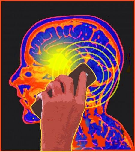#Tumore al cervello: occhio al cellulare