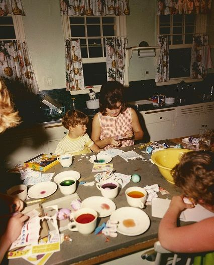 Dying Easter eggs..vintage Jackie Kennedy style..in Florida! I remember the same set up at our house when I was a kid.