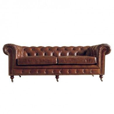 #DialmaBrown - #Divano chester in pelle #vintage, colore sigaro. Dialma Brown propone divani in #pelle o rivestiti da tessuti dalle trame spesse, con molti #cuscini per calare la tua stanza in uno stile che ricorda i loft urban americani.