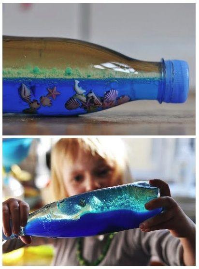 de zee in een fles op basis van water en olie