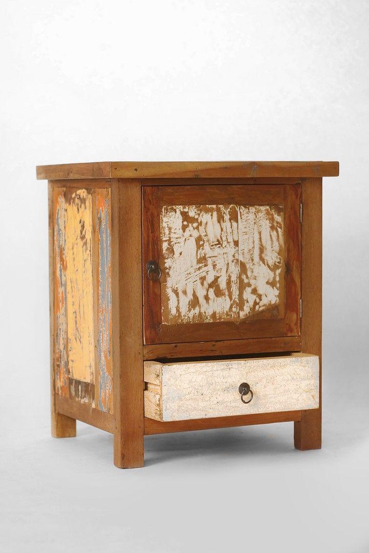 les 63 meilleures images propos de meubles en bois de bateau recycl old boat furniture. Black Bedroom Furniture Sets. Home Design Ideas