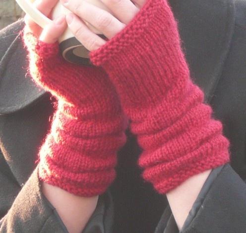 Fingerless Gloves Knitting Pattern Dk : Pin by Jan DeWitt on Crocheting/Knitting Pinterest
