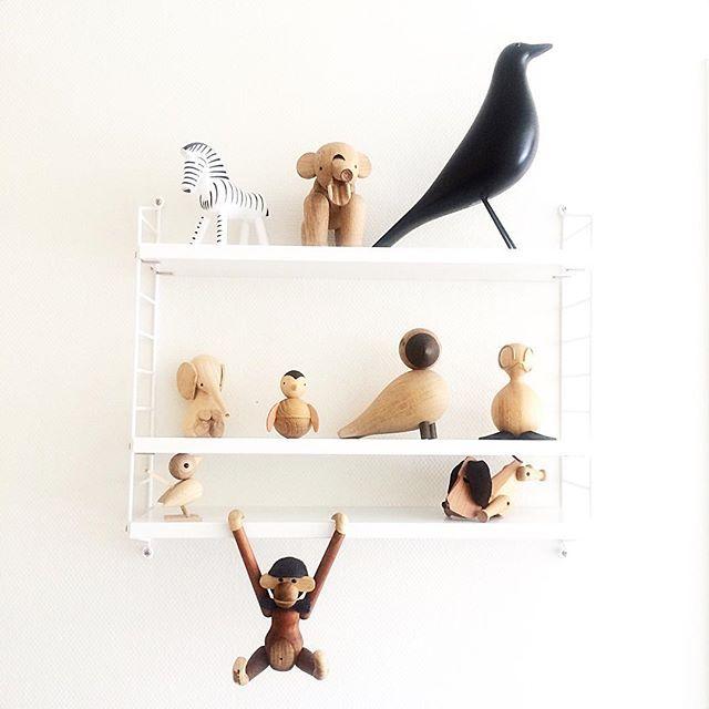 Inspirernde @homebyise spurgte forleden, om jeg vil vise min samling - her er en af dem  D mener, at vi kan åbne en zoologisk have   God weekend, IG' er   #stringpocket #kaybojesendenmark #luciekaas #architectmade #aviendofairytales #eameshousebird