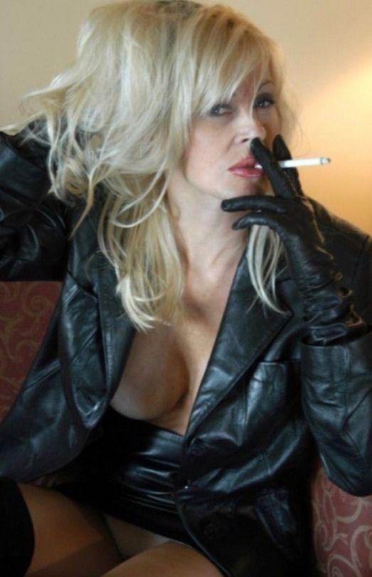 Shandra bernhart nude pics