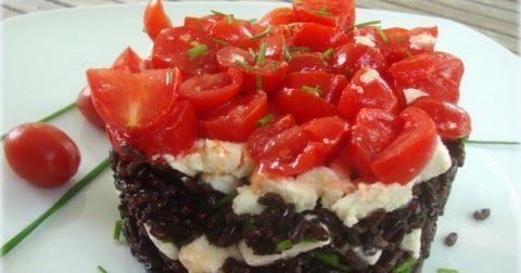 Insalata di riso venere  con feta , e pomodorini ed erba cipollina