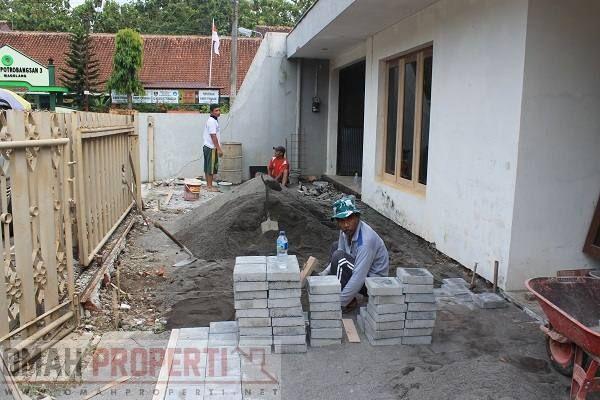 jasa renovasi rumah di kota magelang, rumah ini di renovasi dengan konsep usaha cafe. kami menerima jas renovasi rumah dengan harga yang sangat bersaing.