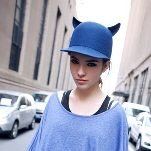Devil's Horns Riding Hat from LilyFair Jewelry, only $34.55!: Ears Hats, Asian Fashion, Blue Cats, Head Of Garlic, Bowler Hats, Cats Ears, Cats Hats, Horns Cap, Devil Horns