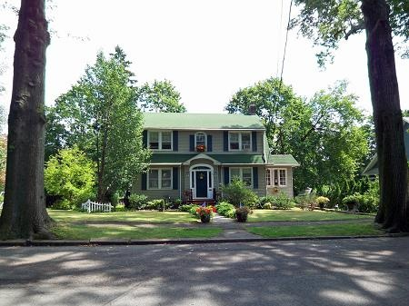 Oldhouses Com 1930 Dutch Colonial Stately Charming Dutch
