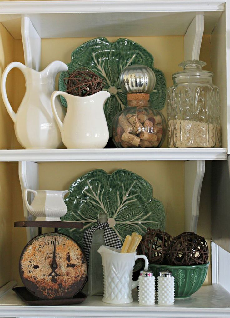 Opulent Cottage Kitchen Shelves