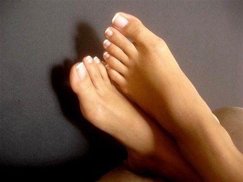 Gorgeous feet perfect toes huge cumshot 9