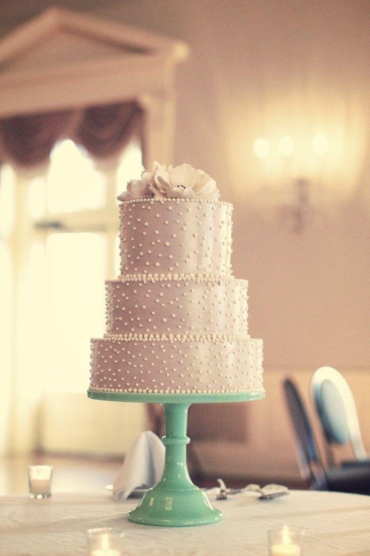 Shimmering cake! Photography by Jeffrey Lewis Bennett / JLBwedding.com