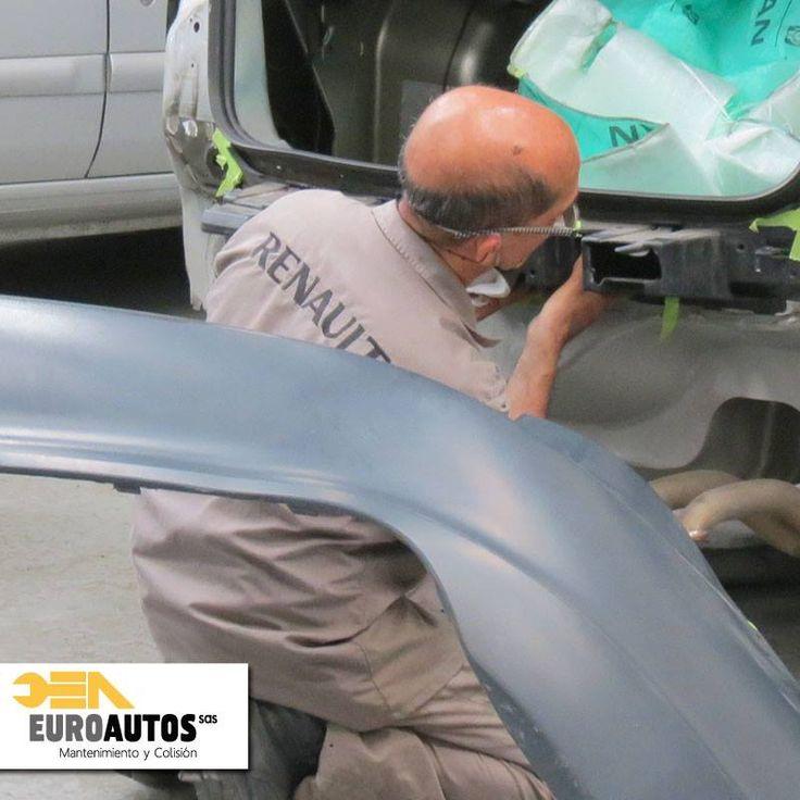 ¿Sientes que tienes que darle una revisión a tu #Vehículo? No dudes en traerlo a #EuroautosRenault siempre estamos dispuestos a ofrecerte el mejor servicio preventivo y de reparación para tu #Renault