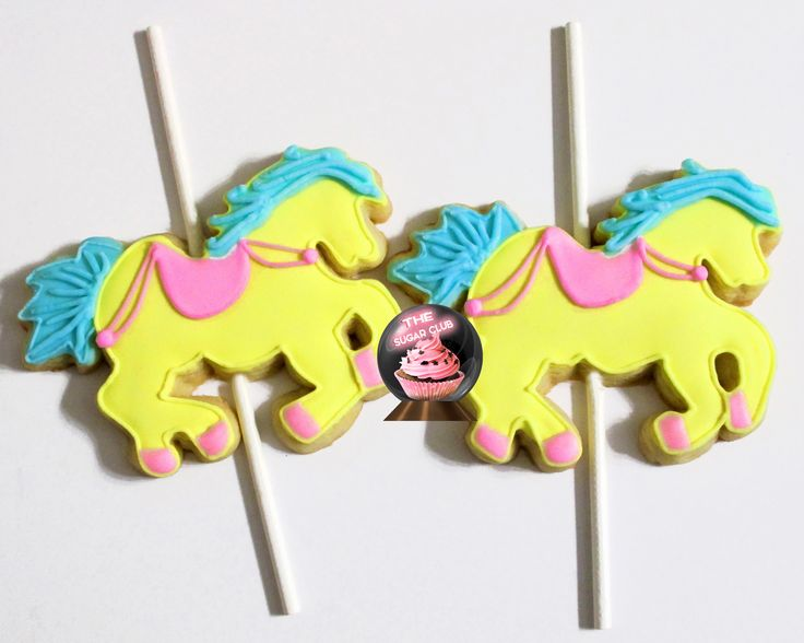 Carousel Cookies, Horse Cookies, girl birthday cookie, merry go round horse, carousel horse, carnival birthday, birthday party cookies, carnival theme party, carousel birthday, carnival party, circus 1st birthday, pony cookies, 1st birthday cookies, pony party.  www.thesugarclub.etsy.com