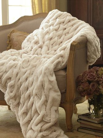 Gorgeous faux fur throw http://rstyle.me/~1gGfh #dreamkidsbedroom @cuckoolandcom