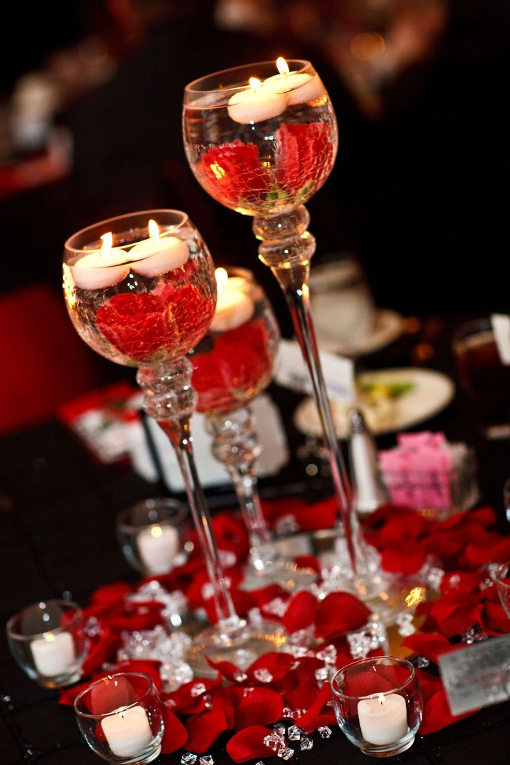 Red Black White Wedding. Center pieces. Candle holders on
