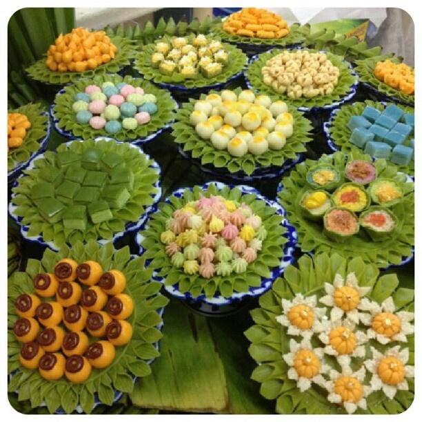 "@siriyukol_fai's photo: ""หน้าตาชวนเพลี่ยงพล้ำ ซะจริงๆ :) #ขนมไทย #น่ากิน #sweettime"""