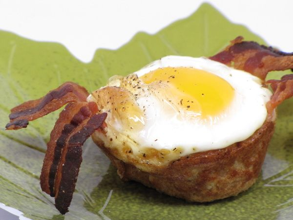 Bacon and Egg Cups: Bacon Eggs, Fit Weightloss, Amazing Recipes, Diet Foods, Eggs Cups, Breakfast Food, Paleo Diet, Eggs Cupcakes, Good Diet