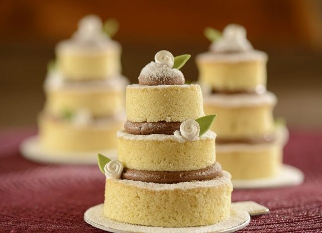 MINI NAKED CAKE Mais