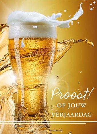 verjaardagskaart man - schuimend glas bier proost