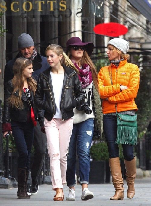 Tim McGraw & Faith Hill: Family Time In London - they just look like a cute little  normal family.  :)