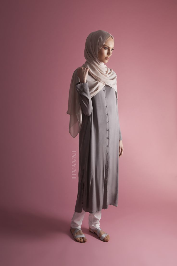 INAYAH | Minimal and concealed shirt-inspired midis - Grey #Oversized #Shirt with #Slits + White Straight Leg #Trousers + Light Mushroom Soft Crepe #Hijab - www.inayah.co