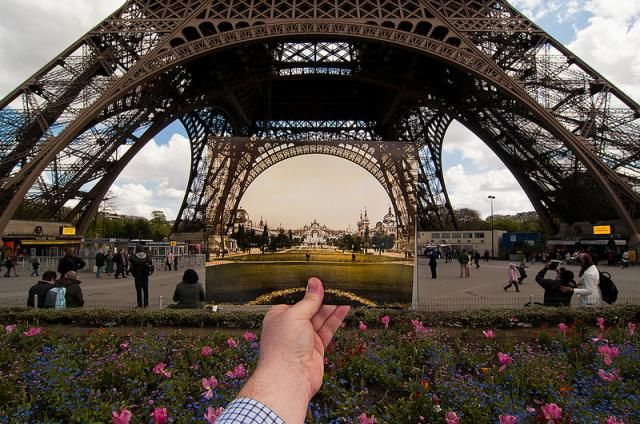 Eiffel tower of 1900 in front of the tower as it is today. Foto by Jason Powell