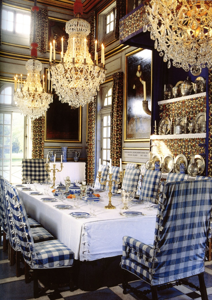 Blue and White Dining Room Awesome Checked fabric