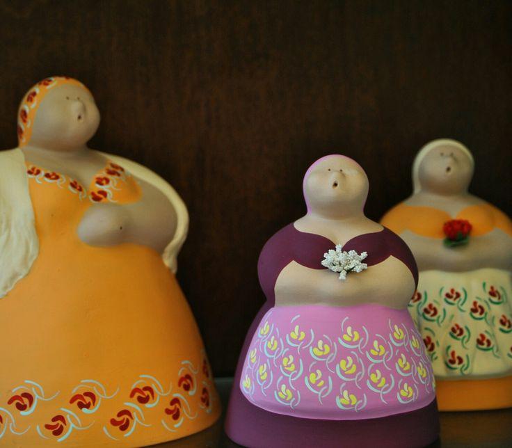 Do you recognize it? Salento's Massena is a handmade terracotta souvenir born in 1990, thanks to the hands of Maria Gabriella Epifani.