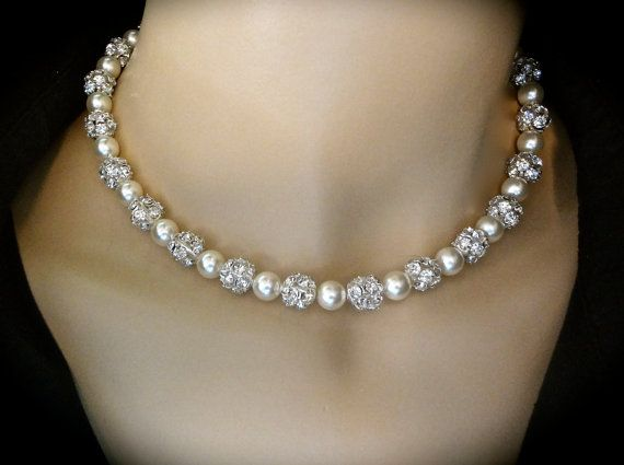 Pearl necklace // Chunky// Bridal jewelry// by QueenMeJewelryLLC