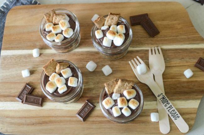 Mini Mason Jar S'mores Cakes