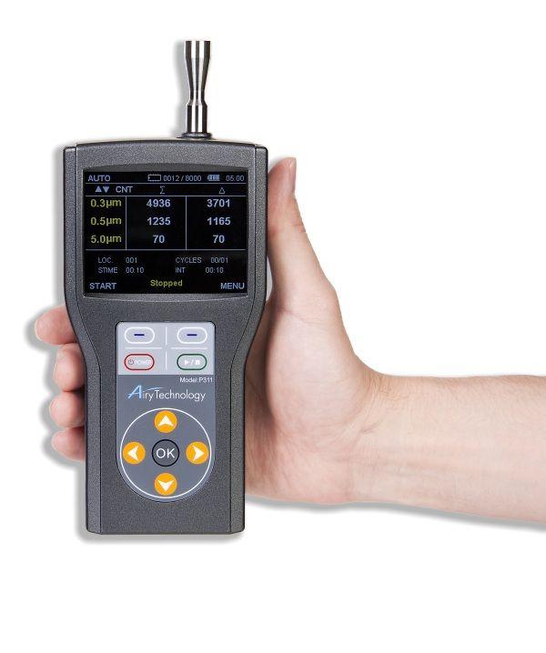 http://www.termometer.se/Handinstrument/Luftkvalitet-Miljo/Partikelmatare-laserdiodbaserad-P311-Airy-Technologies.html  Partikelmätare, laserdiodbaserad, P311, 3 kanalers mätningar 0,3-5,0 μm - Termometer.se  Handhållen laser-partikelmätare/räknaremed färgskärm, modell P311. Mäter simultant partikelstorlekarna:   Kanal 1: 0,3 eller 0,5 µm Kanal 2: 0,5 / 1,0 / 2,0 eller 2.5 μm Kanal 3: 5 μm   Kan användas för validering av renrum enligt ISO klas 7, 8 och 9...