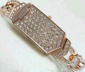 Jam Tangan GUESS Pin:331E1C6F 085317847777 www.butikfashionmurah.com