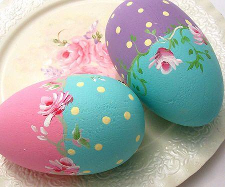 Ovos de Páscoa decorados com motivos florais | Eu Decoro