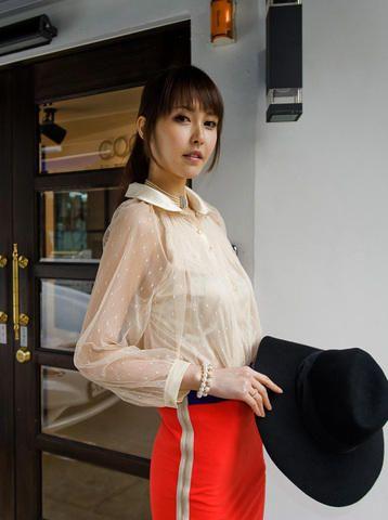 transparent sleeve feminine blouse from Kakuu Basic. Saved to Kakuu Basic Blouses & Shirts.