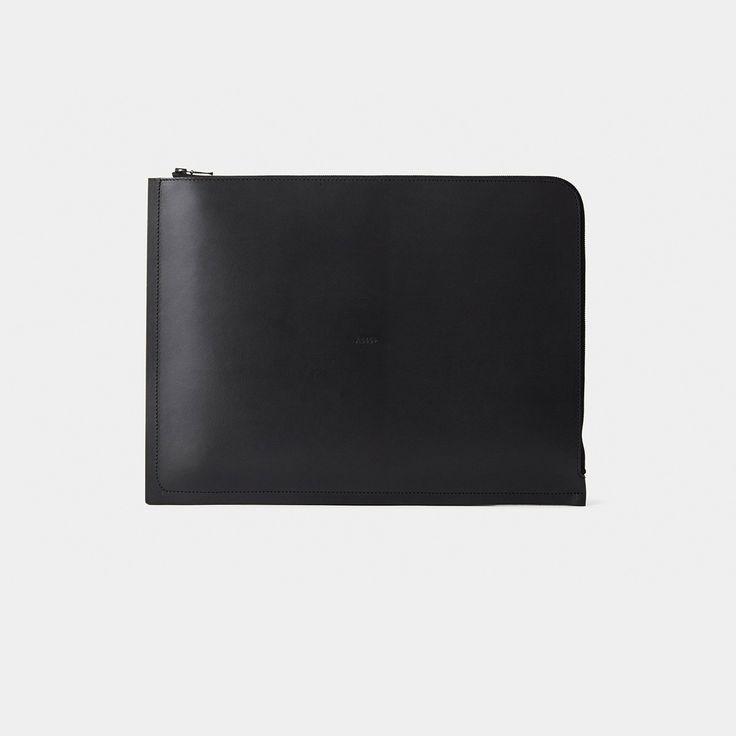 C4+ Leather Laptop Case