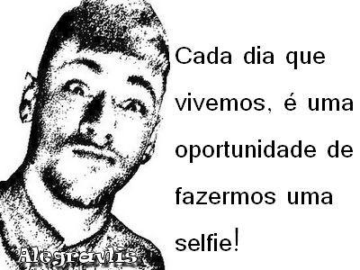 Neymar Jr - selfie, meme: Cada dia que vivemos, é uma oportunidade de fazermos uma selfie!  Memes Engraçados de Celebridades http://alegravlis.blogspot.com.br/2014/08/memes-engracados-de-celebridades.html