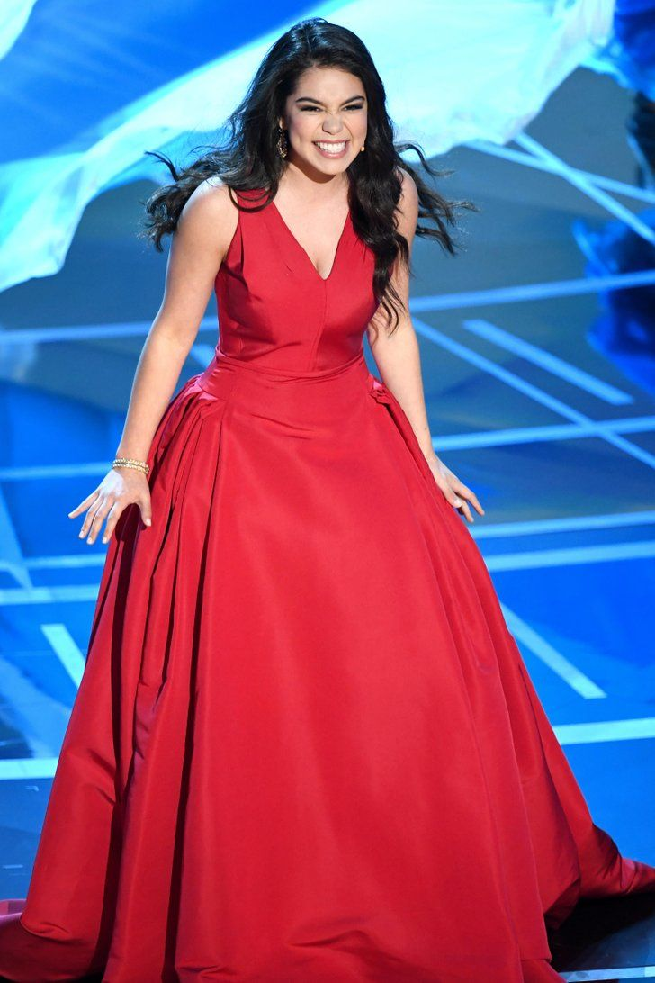 Auli'i Cravalho Got Hit in the Head During Her Oscars Performance, Handled It Like a Pro